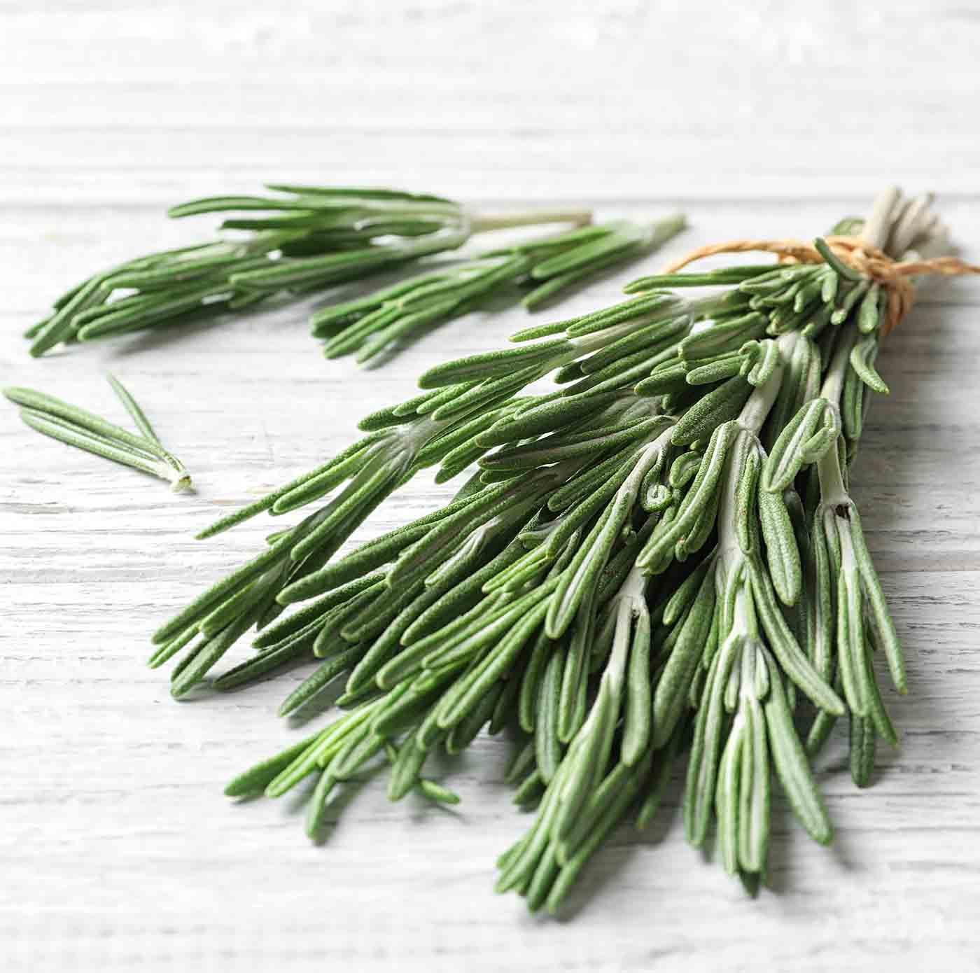 Als sekundäre Pflanzenstoffe (sog. Phytamine) bezeichnet man bestimmte chemische Verbindungen, die ausschließlich in pflanzlichen Lebensmitteln vorkommen.